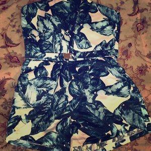 Hot Miami Styles Other - Cute romper